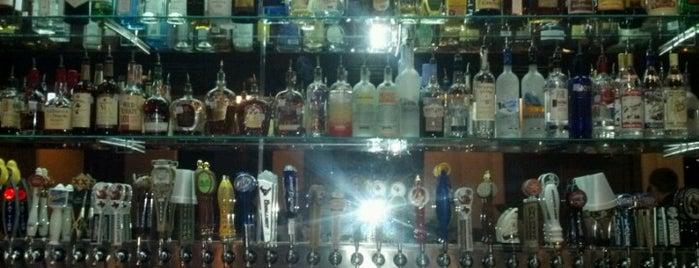 Kilburn's Tavern & Grille is one of Kristin 님이 좋아한 장소.