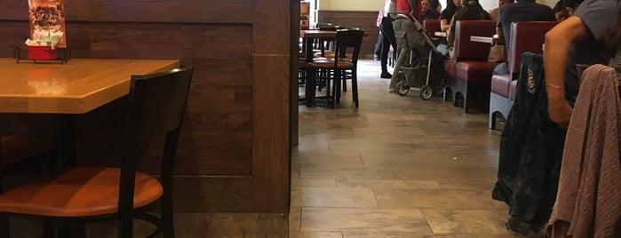 Chili's Grill & Bar is one of Lu : понравившиеся места.