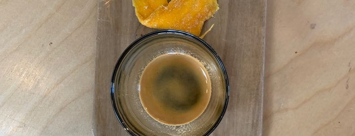 Communal Coffee is one of สถานที่ที่บันทึกไว้ของ Rick.