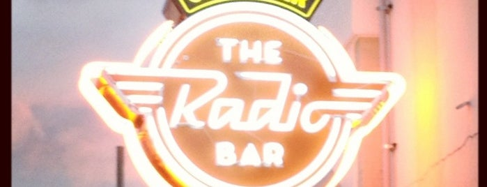 Radio Bar is one of Tempat yang Disukai Sabrina.