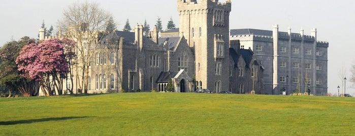 Kilronan Castle is one of Lugares favoritos de Will.
