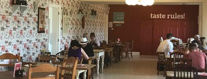 Café Britannia is one of Giselle'nin Beğendiği Mekanlar.
