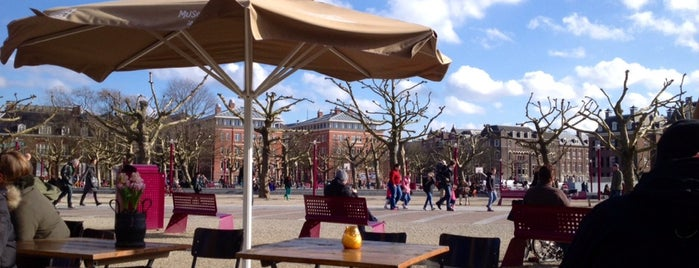 lunch Kiosk is one of I amsterdam.