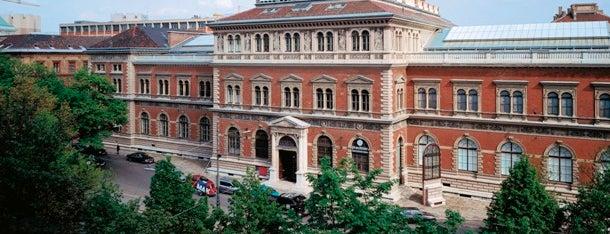 MAK - Österreichisches Museum für angewandte Kunst / Gegenwartskunst is one of Vienna.