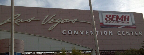 Las Vegas Convention Center is one of Locais salvos de Marisol.