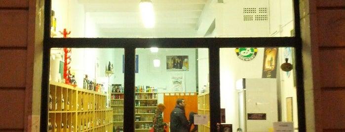 BeerStore is one of Sitios.