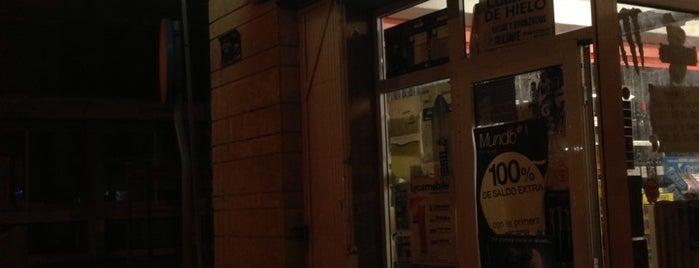 Supermercado Chino Wen Zhou Shang Chang is one of Tempat yang Disukai Gabriel Jacques.