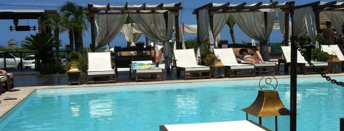 Rakenne Beach Club is one of Meus lugares.