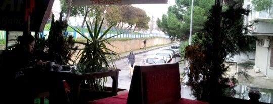 Yalı cafe is one of caglar'ın Beğendiği Mekanlar.
