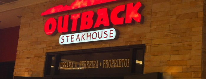 Outback Steakhouse is one of Orte, die Victor gefallen.
