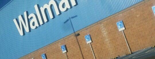 Walmart is one of César 님이 좋아한 장소.