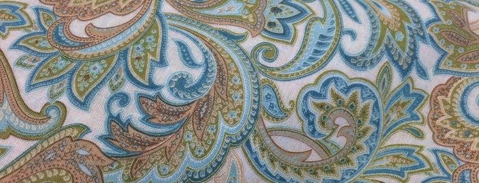JOANN Fabrics and Crafts is one of สถานที่ที่ Robin ถูกใจ.
