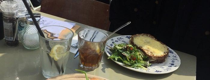 Lunchcafé Nieuwland is one of Nederland.