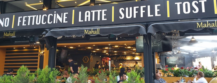 Mahall Cafe & Restaurant is one of สถานที่ที่ Ismail ถูกใจ.