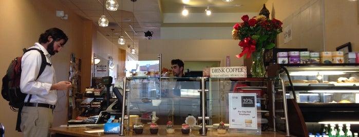 Kafta Cafe is one of สถานที่ที่ Andrew ถูกใจ.