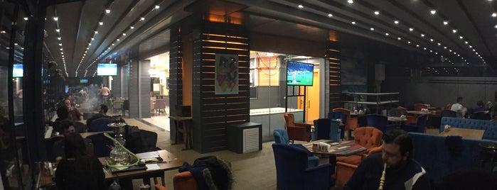 Midyemix Cafe & Restaurant is one of สถานที่ที่บันทึกไว้ของ Emre.