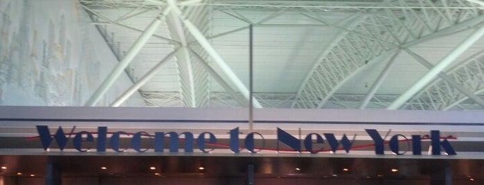 John F. Kennedy Uluslararası Havalimanı (JFK) is one of Airports I've been to.
