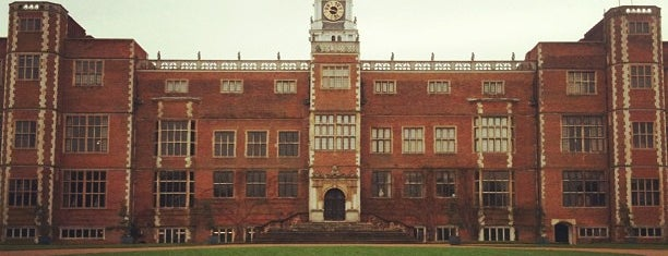 Hatfield House is one of London-Live music.