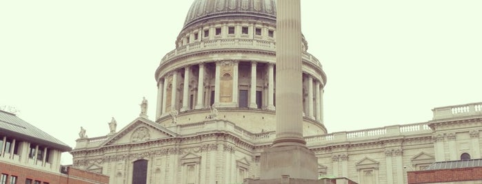 Paternoster Square is one of Travels..