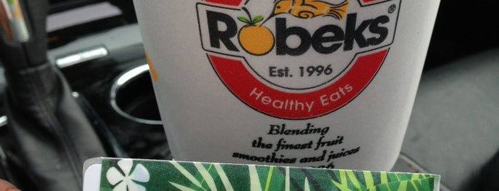 Robeks Fresh Juices & Smoothies is one of Locais salvos de Steve.