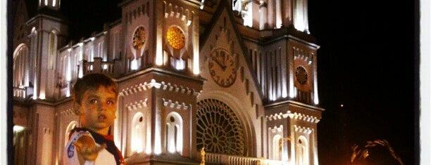 Igreja Matriz Santíssimo Sacramento is one of สถานที่ที่ Jota ถูกใจ.