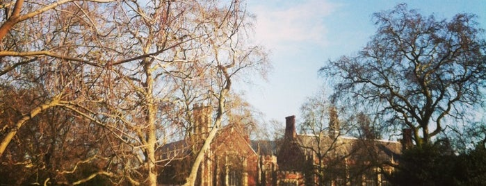 Lincoln's Inn Fields is one of Things to do in Europe 2013.
