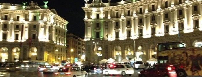 Piazza della Repubblica is one of Top 100 Check-In Venues Italia.