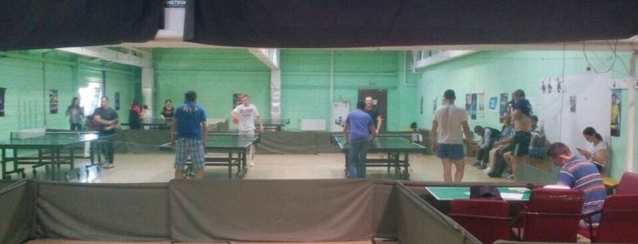 "Тенисный клуб ""Метеорит"" is one of Tempat yang Disukai Таня."