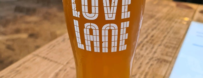 Love Lane Brewery is one of Tempat yang Disukai Vanessa.