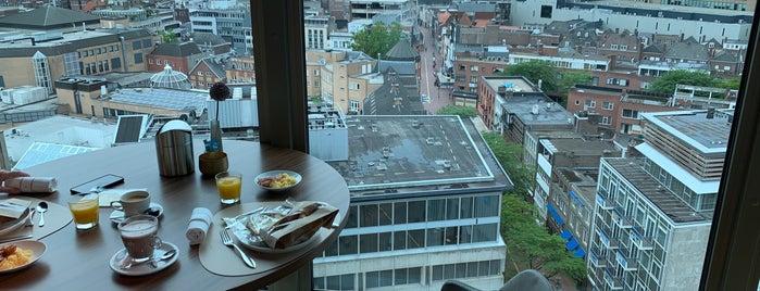 VANE Restaurant & Skybar is one of สถานที่ที่บันทึกไว้ของ Maarten.