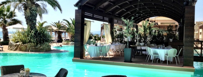 Mediterranean Resort Pool Bar is one of Andreasさんのお気に入りスポット.