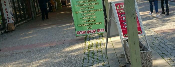 Ege Üniversitesi Õğrenci Çarşısı is one of Posti che sono piaciuti a Volkan.