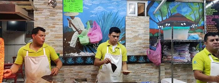 taqueria el tapatio is one of Enrique 님이 좋아한 장소.