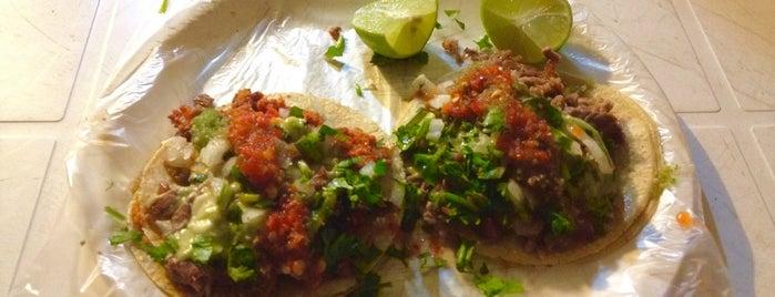 Tacos Don Fer is one of Locais curtidos por Jessica.