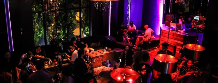 Cafeina Lounge is one of Miami Bars.