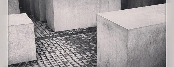 Mémorial aux Juifs assassinés d'Europe is one of Deutschland | Sehenswürdigkeiten & mehr.