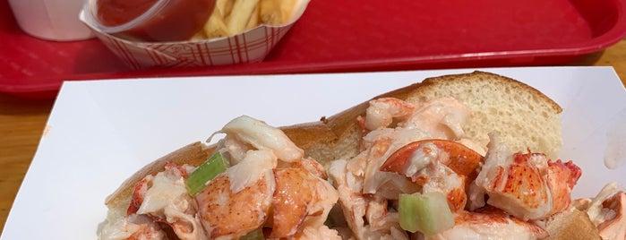 Newport Lobster Shack is one of Lieux qui ont plu à Michael.