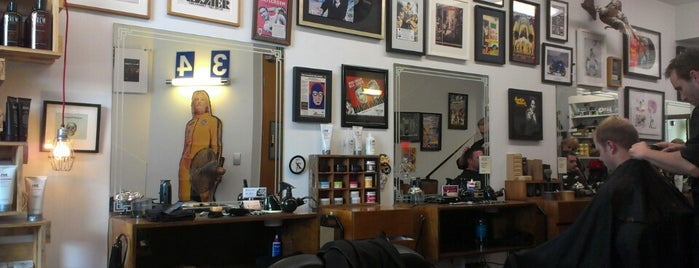 Maloney's Barber Shop is one of Markさんのお気に入りスポット.