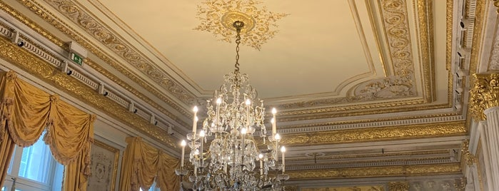 Hôtel de Talleyrand is one of The Price of Freedom Trip.