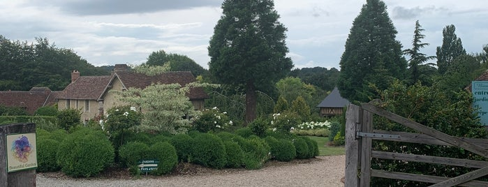 Les Jardins Du Pays d'Auge is one of Tourdefrance.