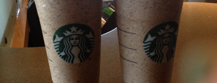Starbucks is one of Posti salvati di Felicia.