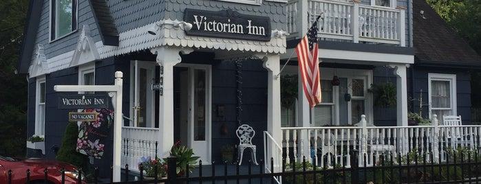 Blowing Rock Victorian Inn is one of Posti che sono piaciuti a Tyra.