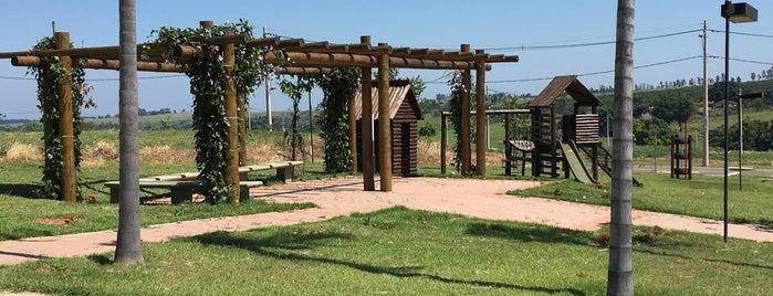 Verana Parque Alvorada is one of Locais curtidos por João.