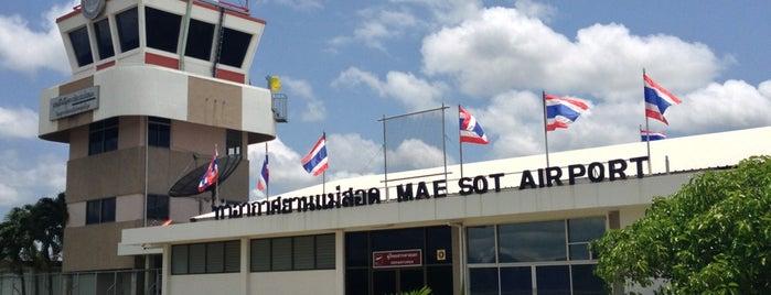 ท่าอากาศยานแม่สอด (MAQ) is one of สถานที่ที่ Torzin S ถูกใจ.