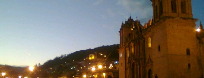 Catedral del Cusco is one of Lieux qui ont plu à Paco.