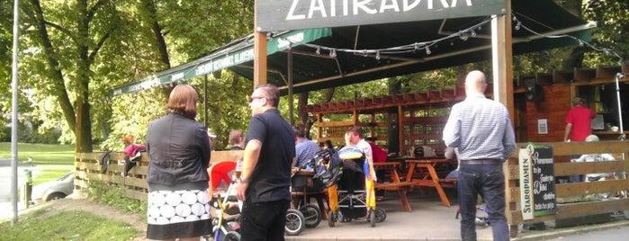 Zahradní restaurace Klamovka is one of Пражские пивные - рекомендации от DailyBeer.eu.