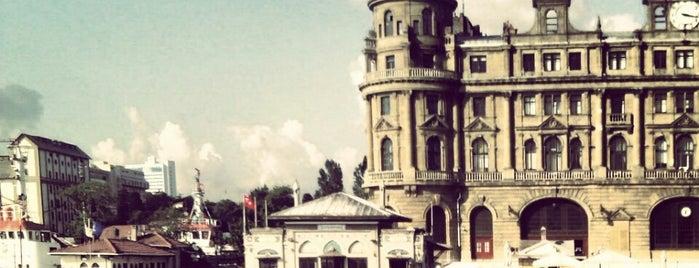Kadıköy - Kabataş Motoru is one of Tempat yang Disukai Sergul.