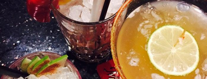 Tokio Restaurant Bar is one of Posti che sono piaciuti a Michaella.