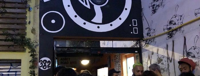 Fatiado Discos e Cervejas Especiais is one of Posti salvati di Line.