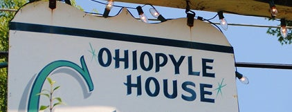 Ohiopyle House Cafe is one of Bikabout's Guide to the GAP Trail and C&O Towpath.